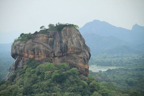 Sri Lanka Tours and Private Driver - Visit Sigiriya and climb lions rock